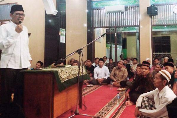Safari Ramadhan di Mesjid Baitul Makmur Nagari Kapalo Koto Kec. Nan Sabaris Pauh Kamba Kabupaten Padang Pariaman