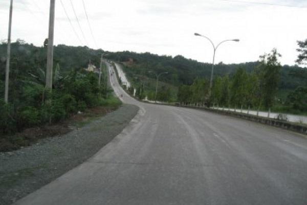 Jalan raya lintas timur Sumatra