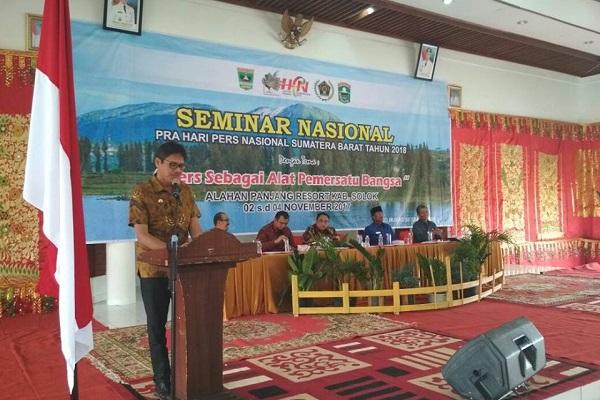 Seminar Nasional dalam rangka pra Hari Pers Nasional 2018, di Alahan Panjang Resort, Kabupaten Solok.